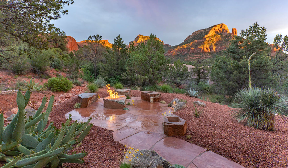 Sedona landscaping with fire-pit and flagstone patio