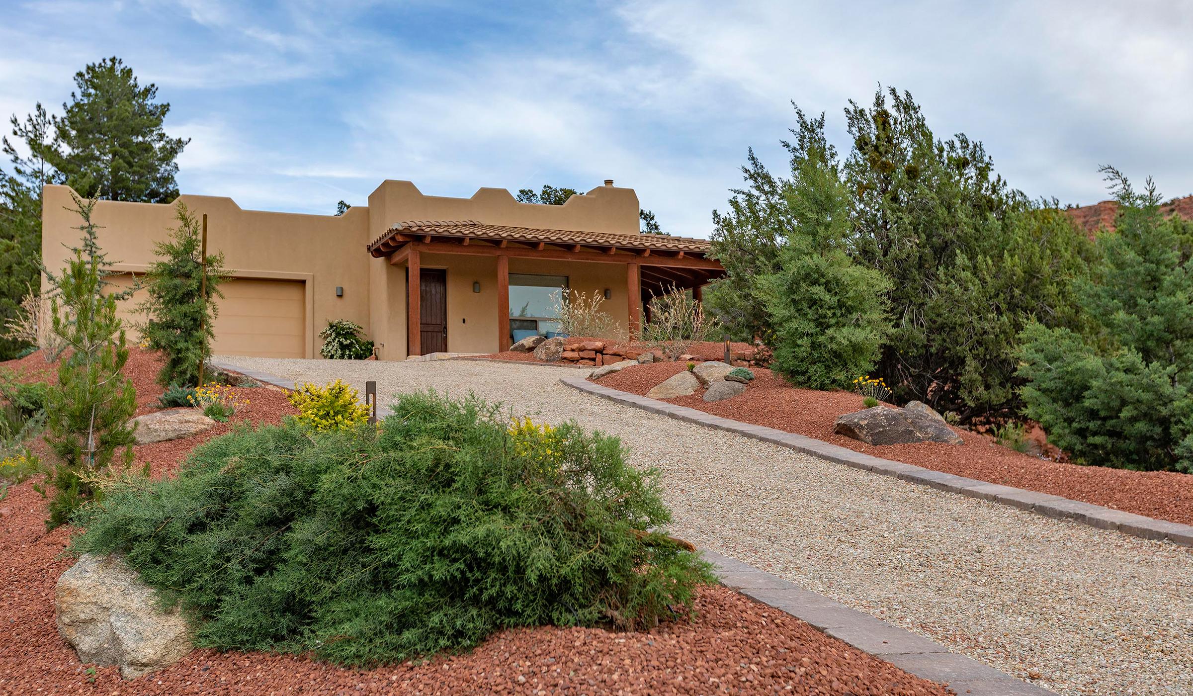 driveway, patio, flagstone, landscaping company, Sedona