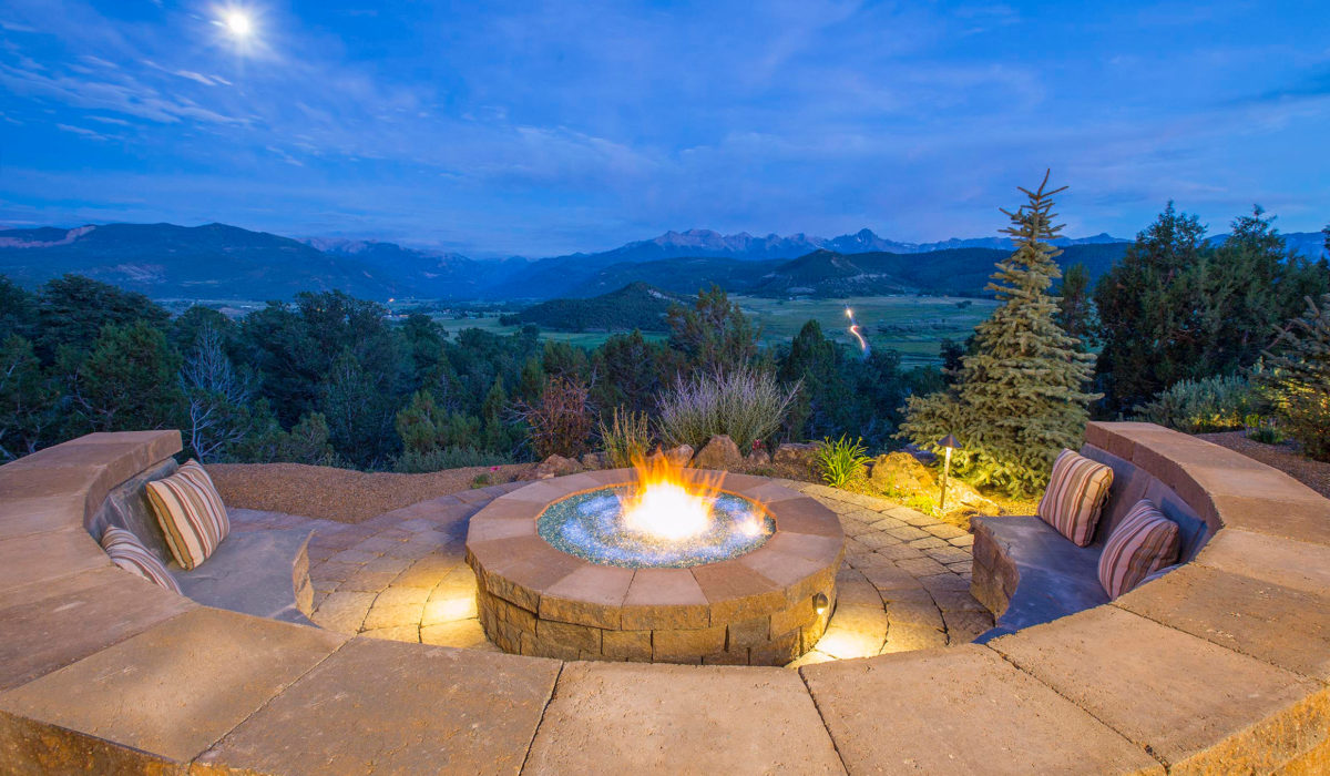 Fire-Pit Landscape Design
